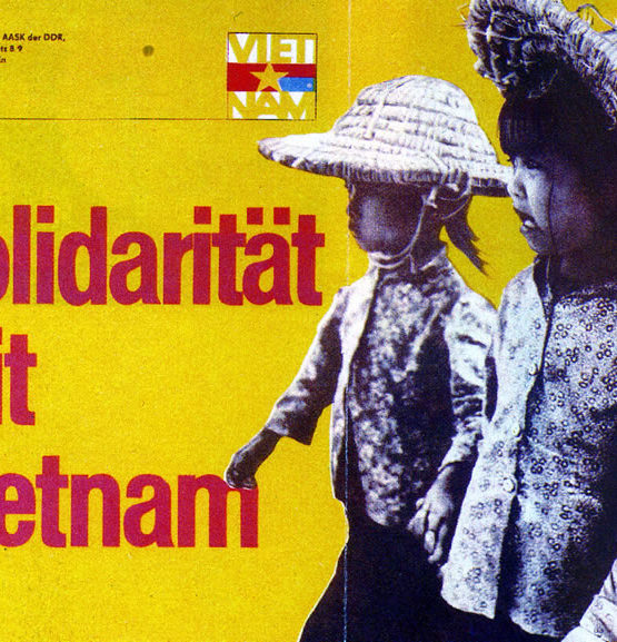 Solidarität mit Vietnam Poster